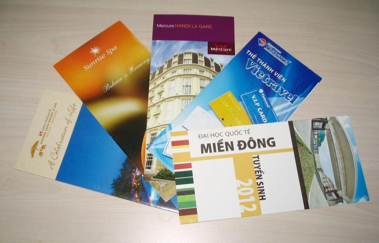 Brochure là gì - Hình ảnh được chụp bởi NamVietAd.Com
