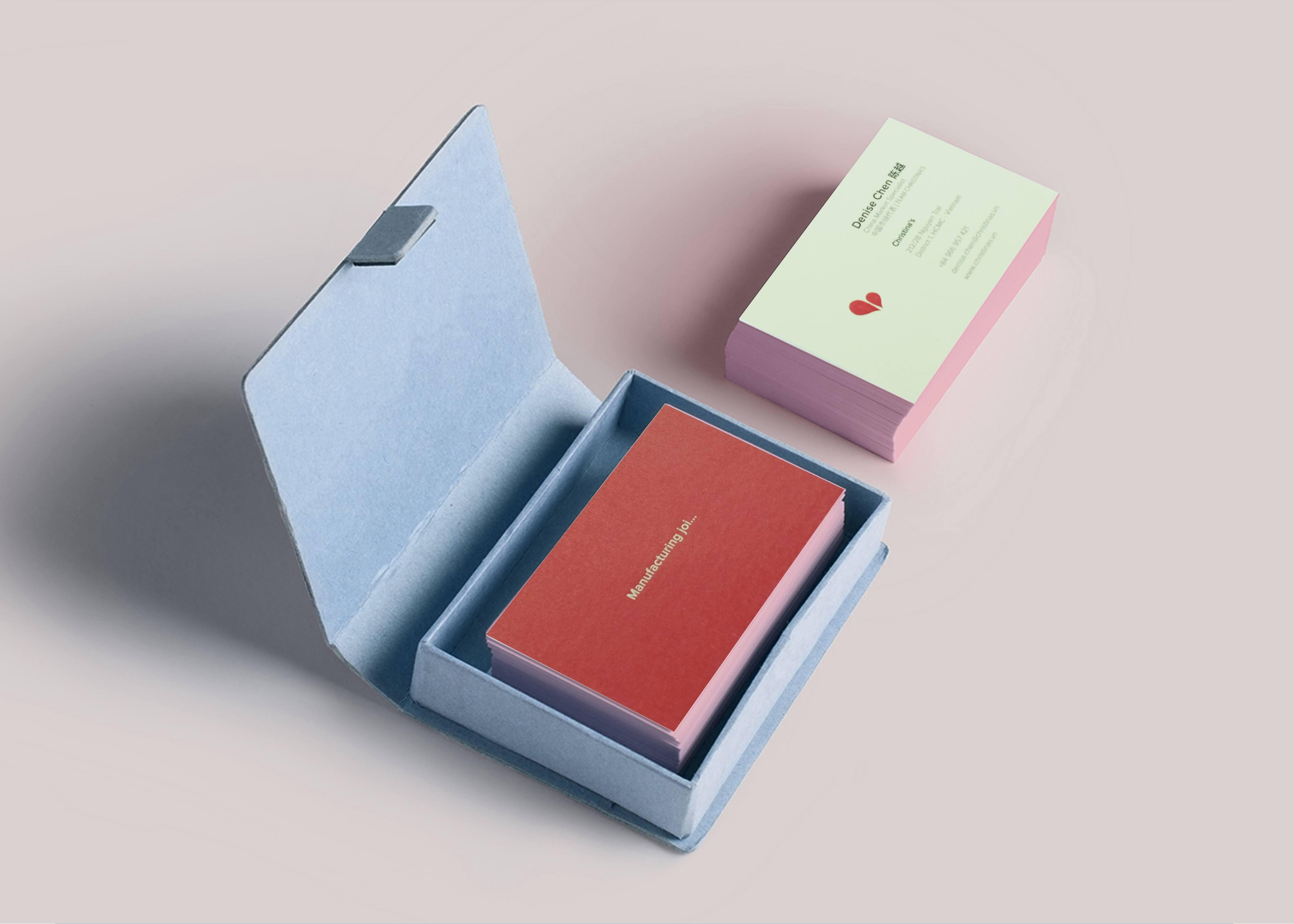 Kích thước name card thông thường thường – Hình ảnh được chụp bởi NamVietAd.Com