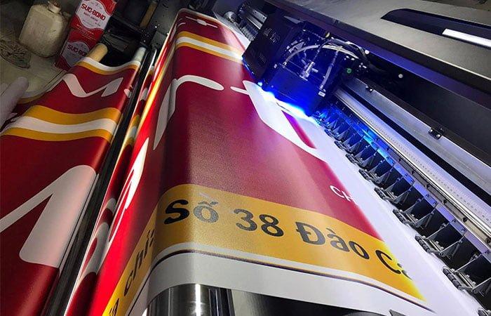 In uv cuộn công nghệ nhật bản - Hình ảnh được chụp bởi NamVietAd.Com