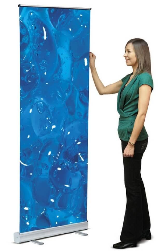 Standee cuốn nhựa 80x200cm